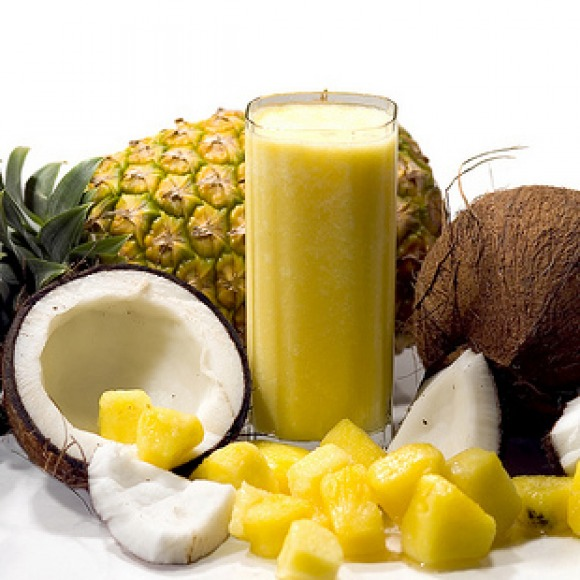 pineapple-coconut-smoothie-recipe