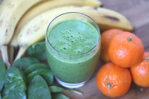 pineapple orange spinach smoothie 2